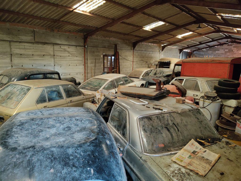 garage poussette voiture de collection