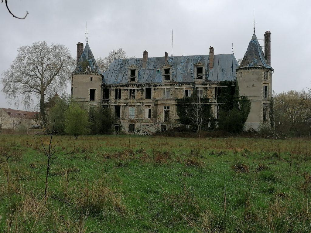 le château abandonné popkov